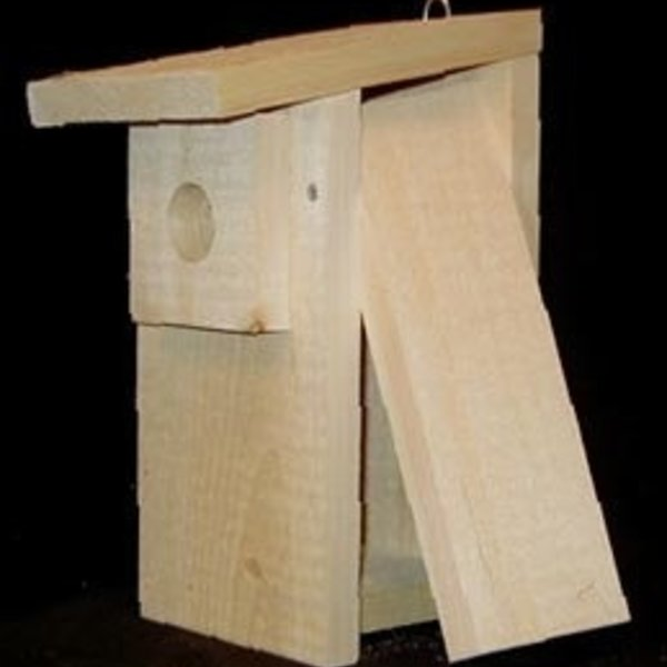- COVESIDE BLUEBIRD TRAIL BOX