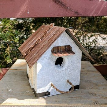 - N.C. RUSTIC HANGING WREN HOUSE W/TIN ROOF WHITE