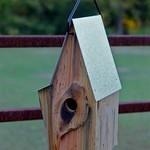 - HEARTWOOD VINTAGE SHED HANGING BIRD HOUSE