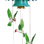 - EVERGREEN HUMMINGBIRD SOLAR MOBILE W/FLOWER TOP
