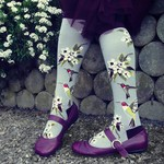 -MODSOCK HUMMINGBIRD GARDEN KNEE SOCKS