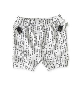 finn + emma Arrows Button Detail Shorts