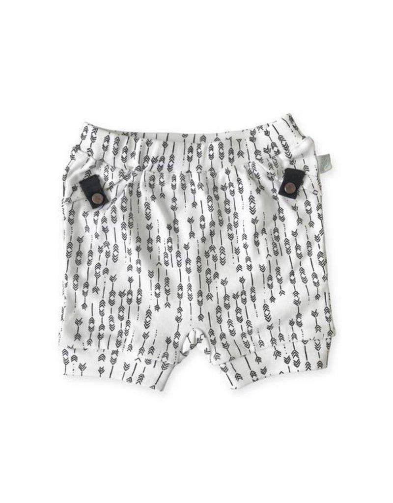 finn + emma Arrows Button Detail Shorts