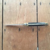 Laguiole en Aubrac 10cm pressed horn / brass