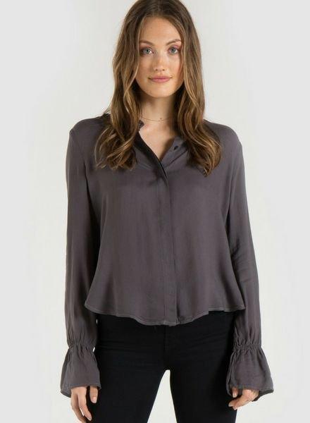 Bella Dahl Ruffled Back Shirt