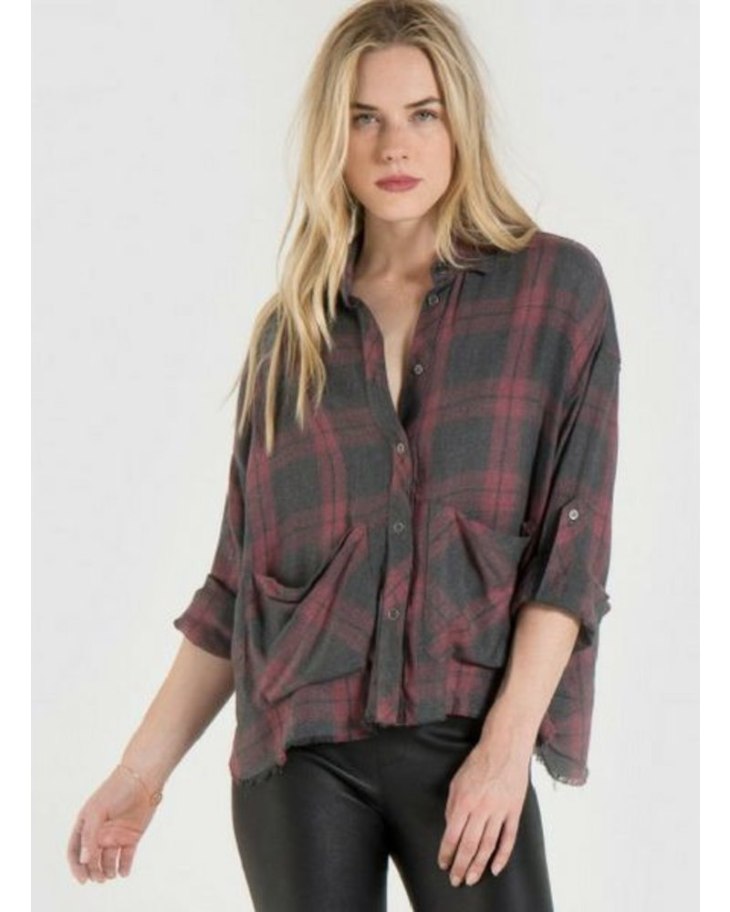 Bella Dahl Frayed hem Boxy Shirt