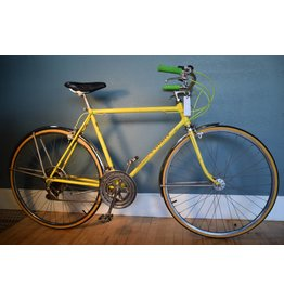 Schwinn Varsity Yellow 54 cm