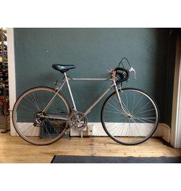 Nishiki Road Bike 54 cm