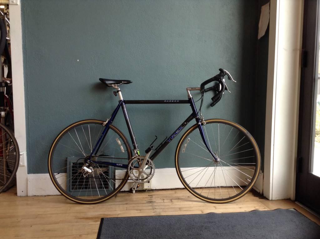 Trek 2200 Carbon Frame w/Full Campagnolo  - 58 cm