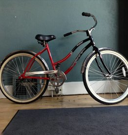 Huffy Surfside 18 in Black / Red Cruiser