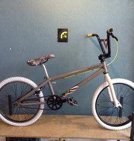 Specialized Fuse 20 in BMX