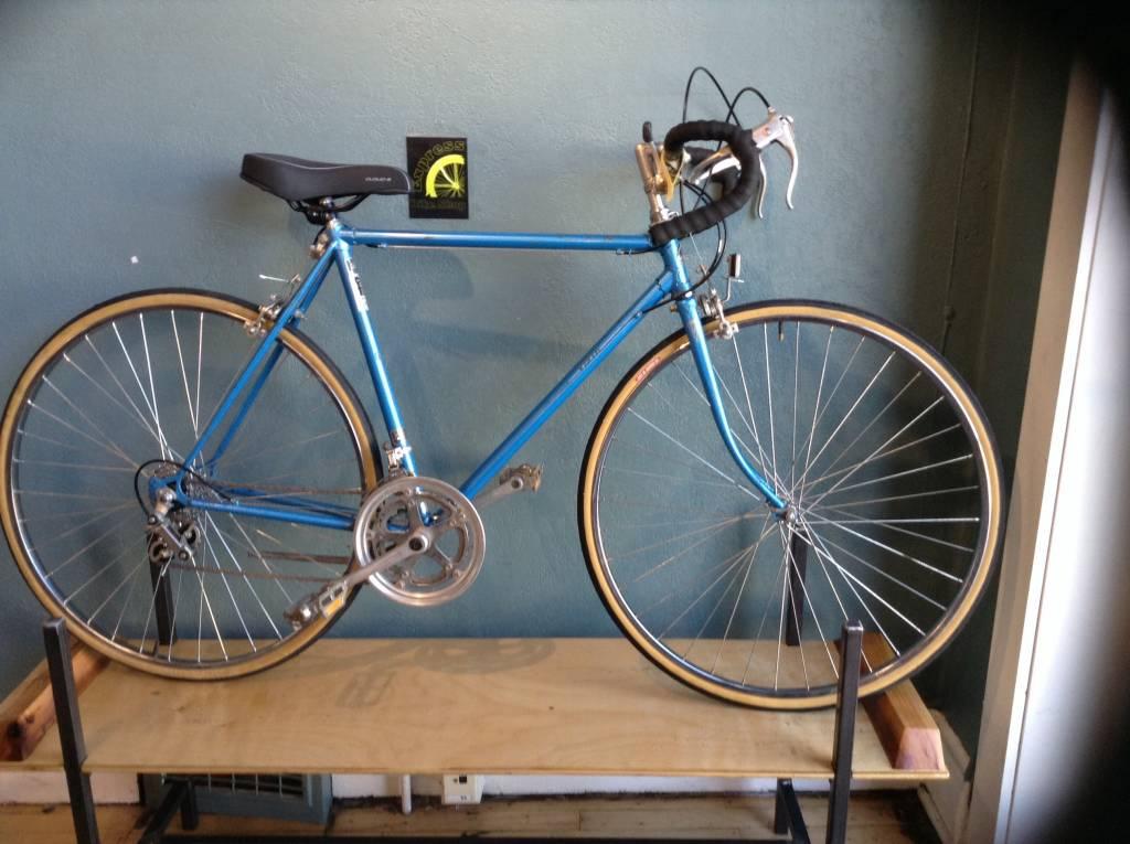 Vista Road Bike 54 cm