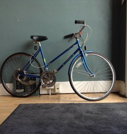 Free Spirit Free Spirit Brittney 19 in  48 cm Blue Cruiser