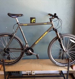 Cannondale Cannondale M900 Grey MTB - 22 in