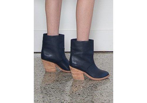 A Detacher Golda Boots