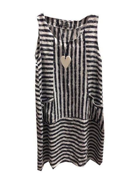 M ITALY SLEEVELESS DRESS