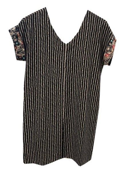 VNECK SHIFT DRESS
