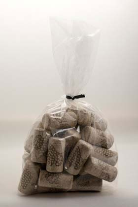 LDC 8 X 1 3/4 First Quality Straight Wine Corks 30/Bag