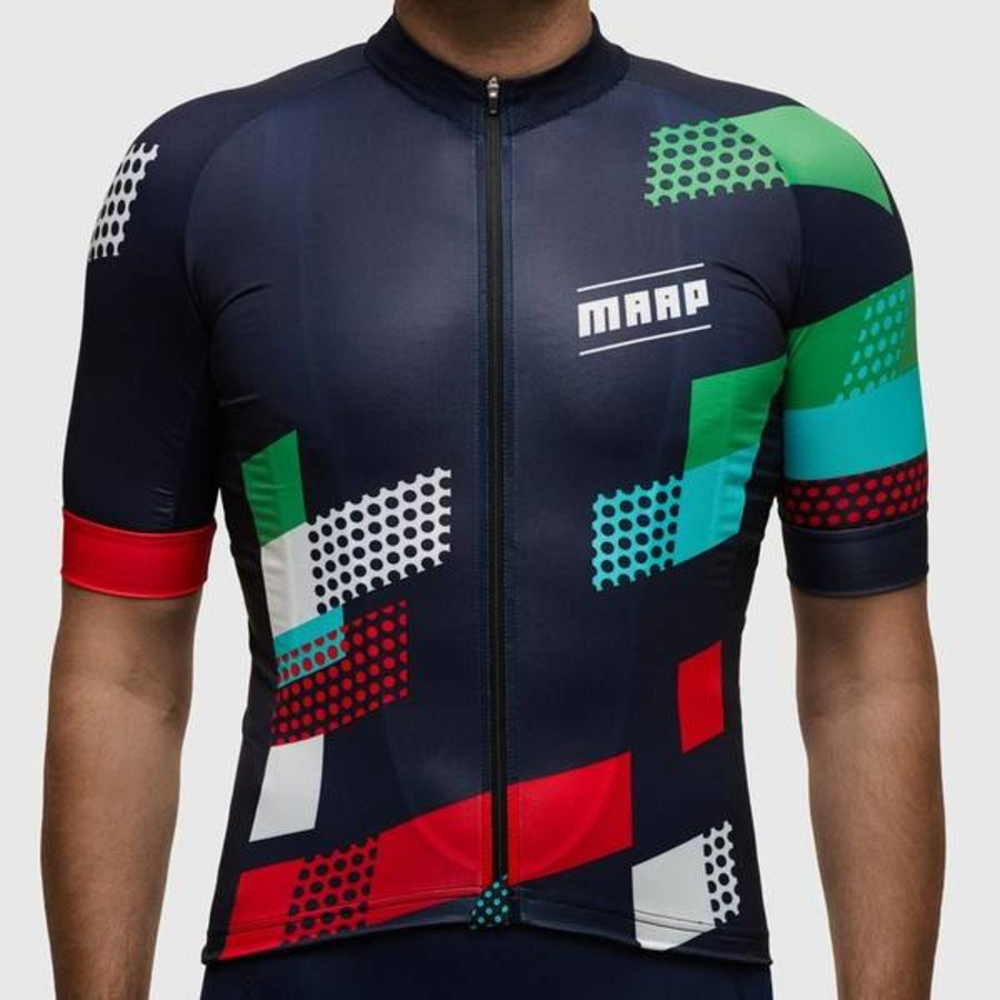 The Rise Jersey is lightweight performance oriented jersey best matched to a Navy or Black bib short. Cut in our signature race fit and featuring a longer sleeve length, this jersey is meant to be worn slim.