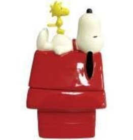Snoopy Figurine S&P Doghouse Snoopy & Woods