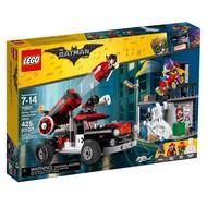 LEGO® LEGO® Super Heroes Batman  Harley Quinn Cannonball Attack