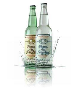 8Reales Agua de Piedra sin Gas Botella 650 ml