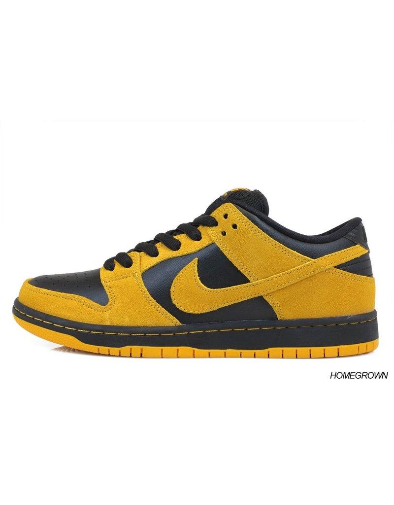 Nike SB Nike // Dunk Low Pro SB