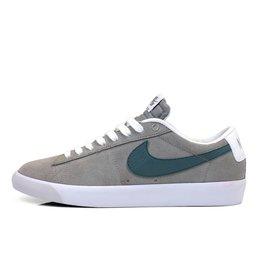 Nike SB Nike // Blazer Low GT