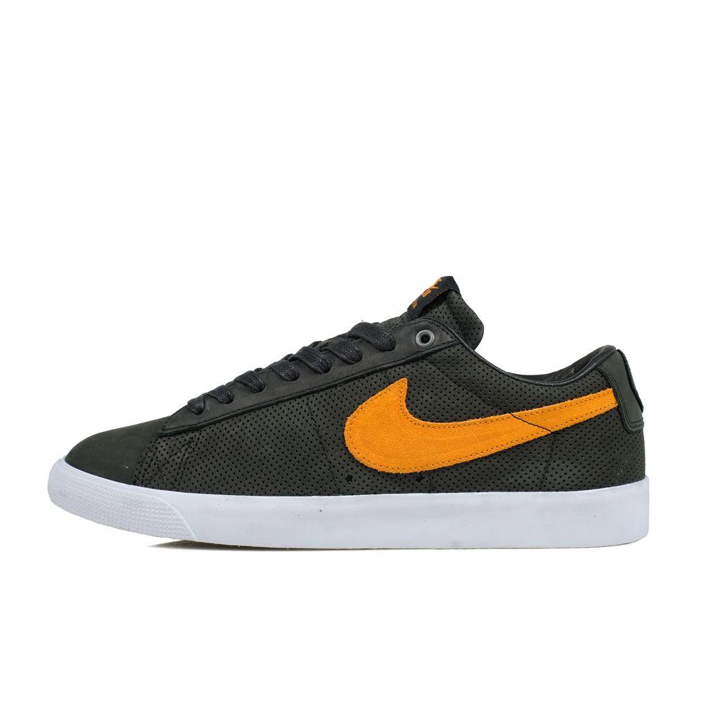 Nike SB Nike // Blazer Low GT QS