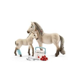 Schleich Hannah's first-aid kit for Icelandic horses