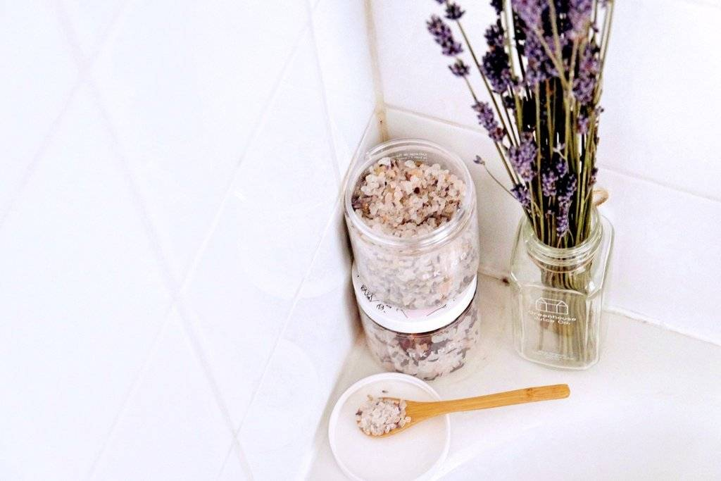 Hibiscus Bath Salt