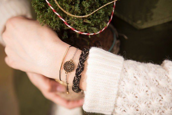 Si Simple Black and Gold Cate Coton Bracelet