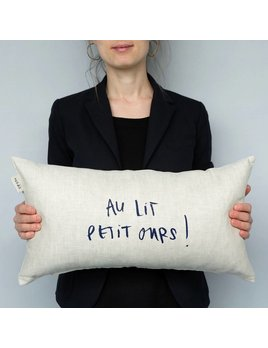 Au Lit Petit Ours Pillow
