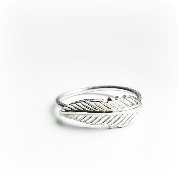 Le Cubicule Feather Silver Ring