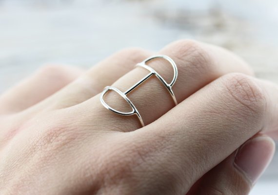 Le Cubicule Double half moon ring