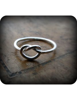 Le Cubicule Silver Regular Knot Ring
