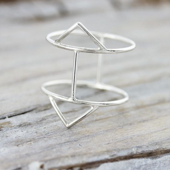 Le Cubicule Double triangle ring