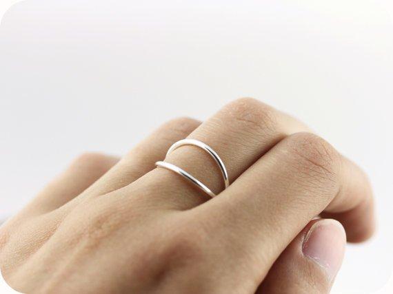Le Cubicule X Criss Cross Ring