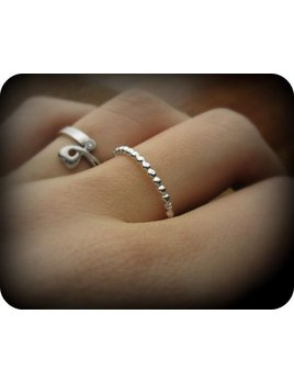 Le Cubicule Silver Dotted Ring