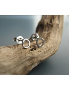 Le Cubicule Mini Circle Earrings