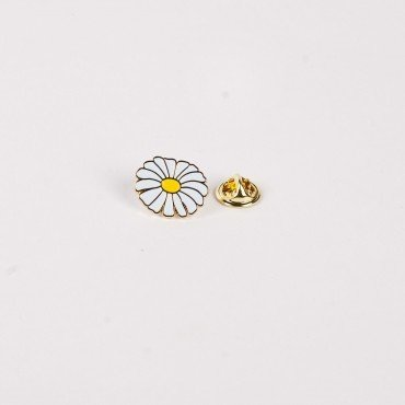 Drake General Store Daisy Flower Enamel Pin