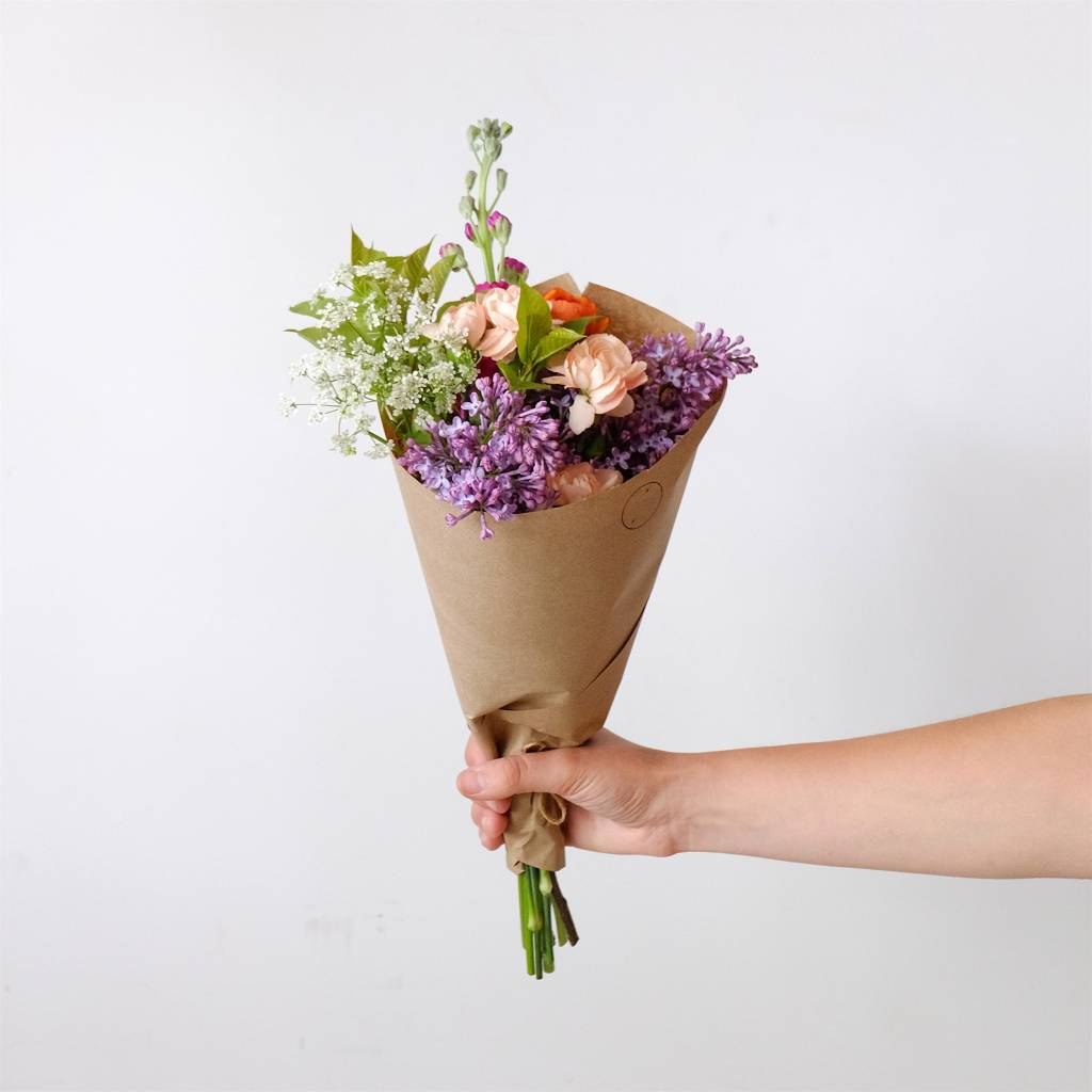 Laurie Anne Fleurs Small Fresh Flowers Bouquet