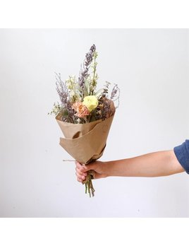 Laurie Anne Fleurs Bouquet de Fleurs Séchées
