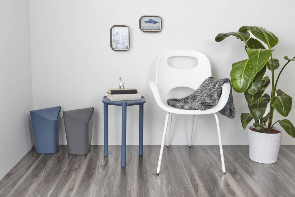 Charmant ... Umbra Oh Chair   White