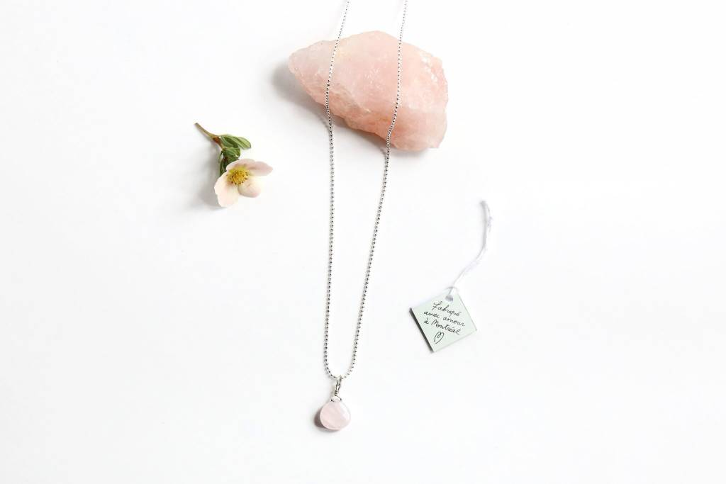 Si Simple Pink Quartz Necklace