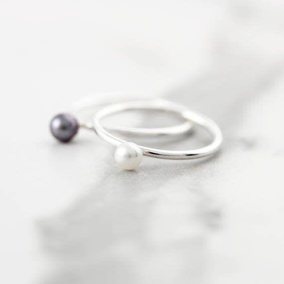 Le Cubicule Black Pearl Silver Ring