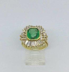 C 18Kt Emerald & Diamond Ballerina Ring