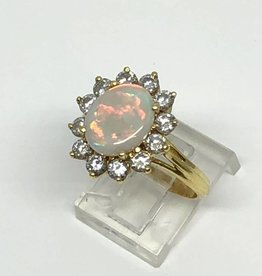 18kt Opal and Diamond Ring