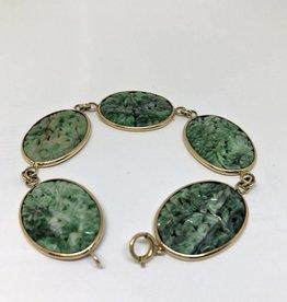 C 14kt Carved Jade Bracelet