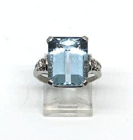 C 14kt Aqua and Diamond Ring